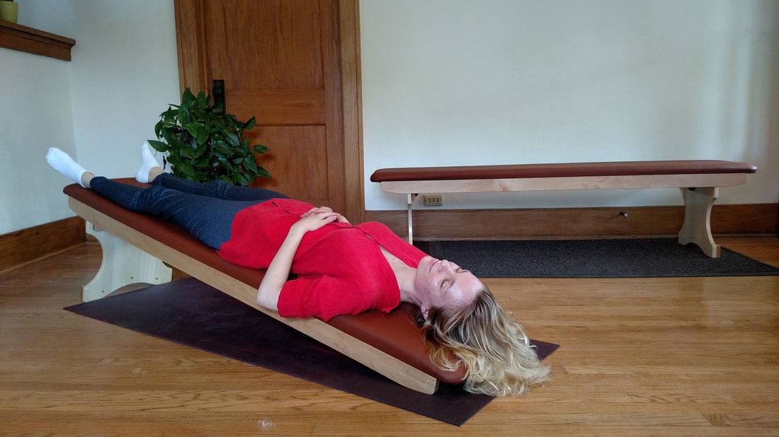Gravity Pal Luxury Bench: Low Angle Inversion Table