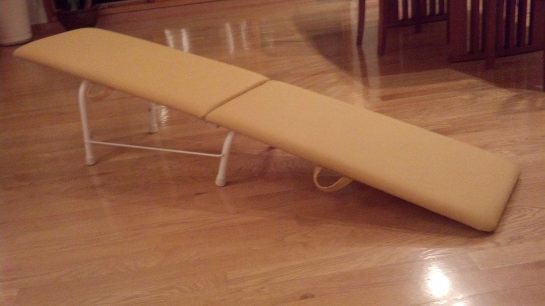 gravity-pal-traveler-gold-slide